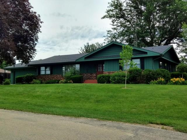 504 S Campbell Avenue, Polo, IL 61064 (MLS #10028135) :: Domain Realty