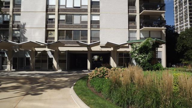1360 N Sandburg Terrace #2101, Chicago, IL 60610 (MLS #10029127) :: Baz Realty Network | Keller Williams Preferred Realty