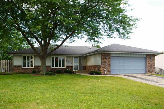 5312 Milehigh Drive, Loves Park, IL 61111 (MLS #10029247) :: Domain Realty
