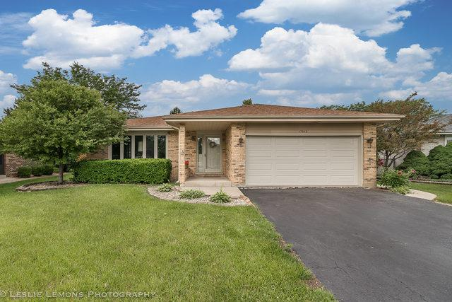 17012 92nd Avenue, Orland Hills, IL 60487 (MLS #10030116) :: The Jacobs Group