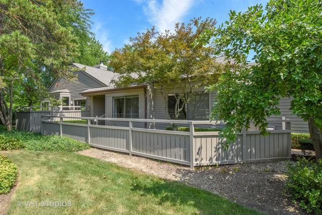 662 Shoreline Road, Lake Barrington, IL 60010 (MLS #10032348) :: Domain Realty