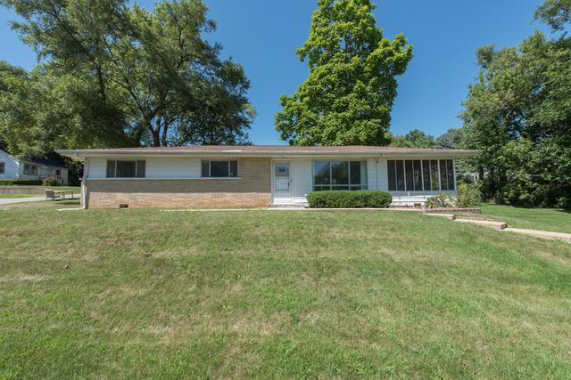 19 S Maple Avenue, Fox Lake, IL 60020 (MLS #10032382) :: The Jacobs Group