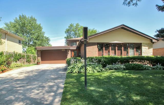 9401 Merrill Avenue, Morton Grove, IL 60053 (MLS #10032456) :: The Jacobs Group