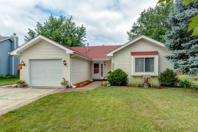 2307 Woodview Lane, Naperville, IL 60565 (MLS #10034934) :: The Dena Furlow Team - Keller Williams Realty