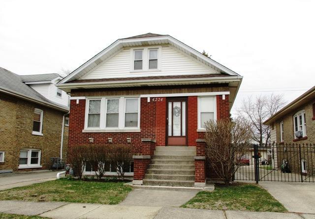 4224 Amelia Avenue, Lyons, IL 60534 (MLS #10036616) :: Littlefield Group