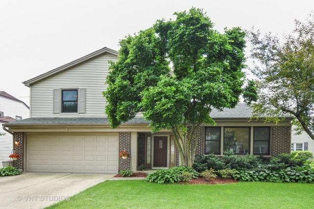 1320 Devonshire Road, Buffalo Grove, IL 60089 (MLS #10038909) :: The Jacobs Group