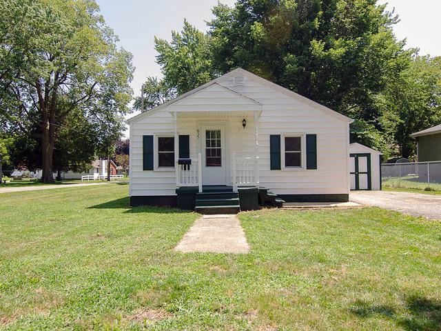 835 N Walnut Street, MONTICELLO, IL 61856 (MLS #10040527) :: Ryan Dallas Real Estate