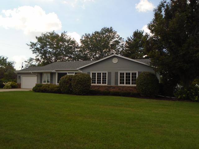 2551 E 259th Road, Peru, IL 61354 (MLS #10042501) :: The Jacobs Group