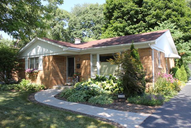 330 Brown Street, Wauconda, IL 60084 (MLS #10042728) :: Domain Realty