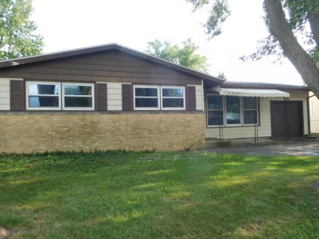 1444 Gleason Drive, Rantoul, IL 61866 (MLS #10044550) :: Littlefield Group