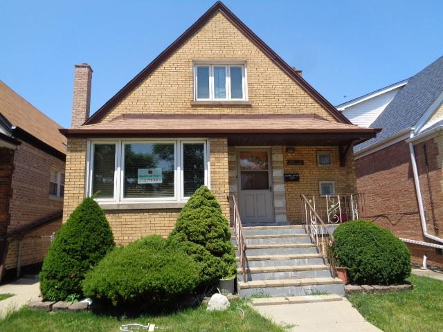 5908 W 63rd Place, Chicago, IL 60638 (MLS #10045470) :: Domain Realty