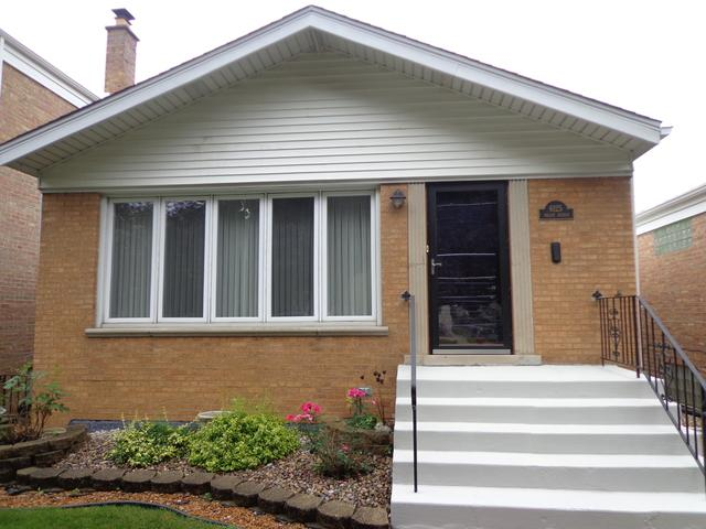 6125 S Meade Avenue, Chicago, IL 60638 (MLS #10045655) :: Domain Realty