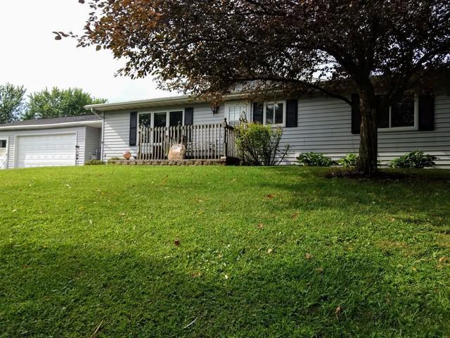 404 W Wilson Road, Polo, IL 61064 (MLS #10046380) :: Domain Realty