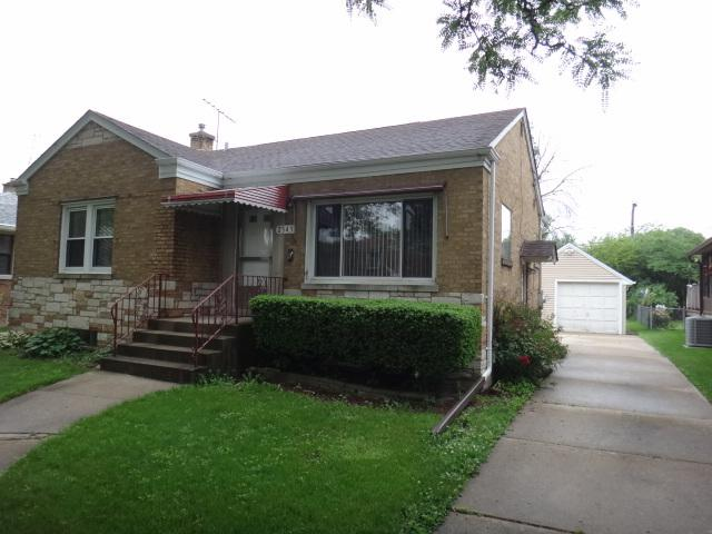 2343 S 2nd Avenue, North Riverside, IL 60546 (MLS #10046414) :: Domain Realty