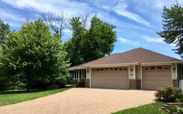 1527 Seward Street, Schaumburg, IL 60193 (MLS #10046689) :: Domain Realty