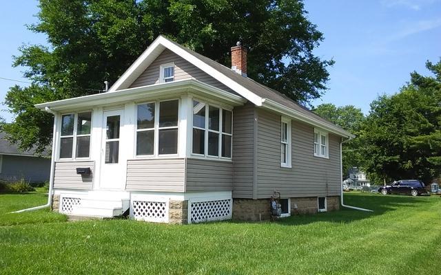 1601 3RD Avenue, Sterling, IL 61081 (MLS #10046967) :: Littlefield Group
