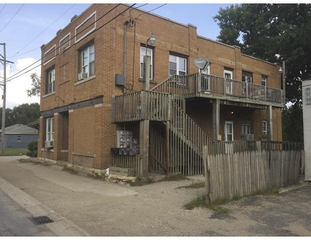 1716 Broadway Street, Crest Hill, IL 60403 (MLS #10047464) :: The Spaniak Team