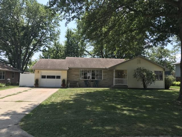 1503 Lakewood Drive, Mendota, IL 61342 (MLS #10047986) :: Littlefield Group