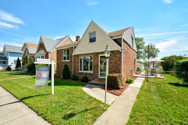 3525 Raymond Avenue, Brookfield, IL 60513 (MLS #10048251) :: Littlefield Group