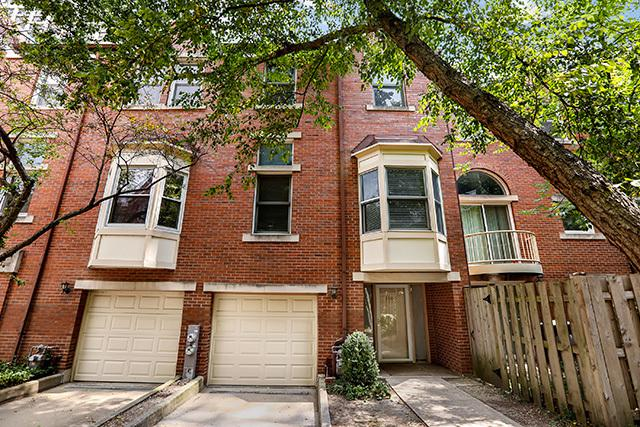 5230 S Cornell Avenue J, Chicago, IL 60615 (MLS #10048327) :: Littlefield Group