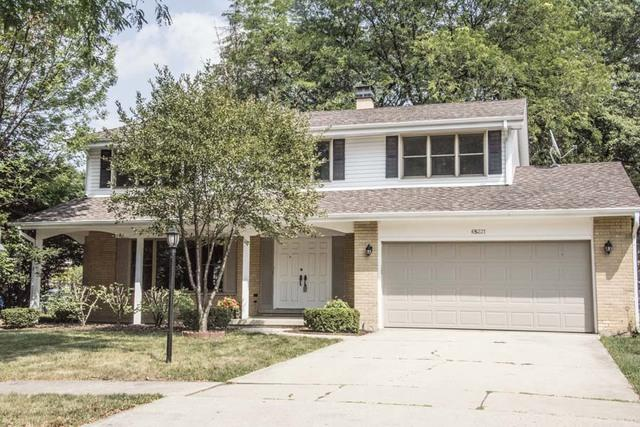 6S221 Country Drive, Naperville, IL 60540 (MLS #10048661) :: The Saladino Sells Team