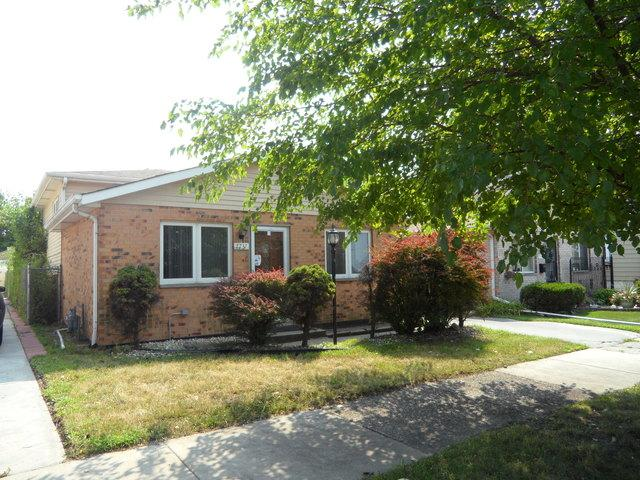 7737 W 61st Place, Summit, IL 60501 (MLS #10049553) :: The Jacobs Group