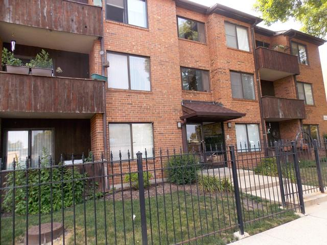 5130 N Albany Avenue #101, Chicago, IL 60625 (MLS #10049592) :: The Spaniak Team