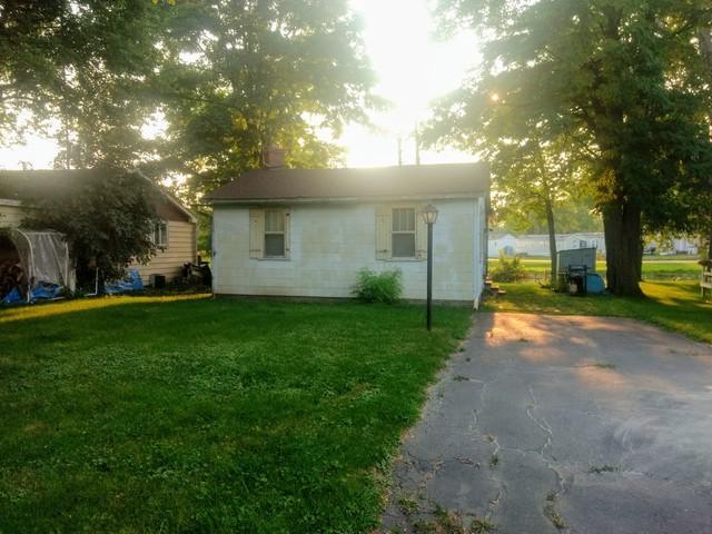 40270 N Lake Shore Drive, Antioch, IL 60002 (MLS #10049690) :: Domain Realty