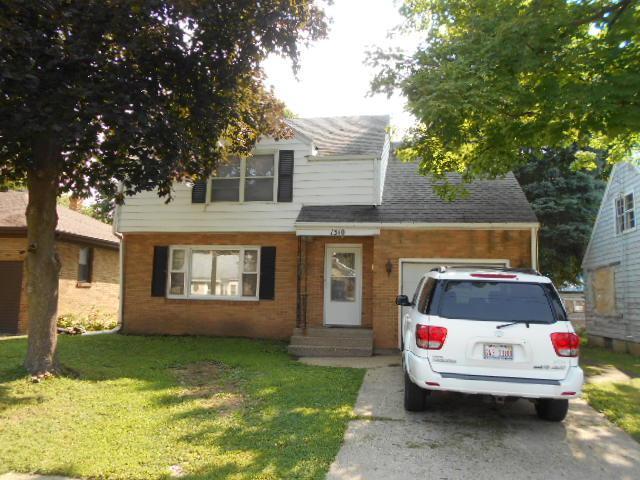1310 12th Avenue, Sterling, IL 61081 (MLS #10049839) :: Littlefield Group