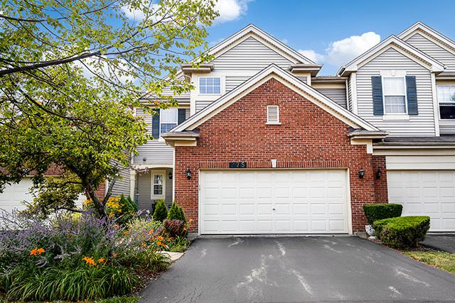 275 Blue Spruce Lane, Glendale Heights, IL 60139 (MLS #10050293) :: Domain Realty