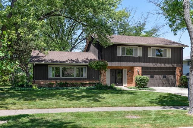 1810 Sunnyside Circle, Northbrook, IL 60062 (MLS #10050374) :: Littlefield Group