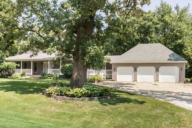 27578 Hunters Lane, Sycamore, IL 60178 (MLS #10050693) :: Littlefield Group