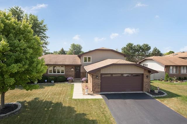 14846 S Cricketwood Drive, Homer Glen, IL 60491 (MLS #10051303) :: The Jacobs Group