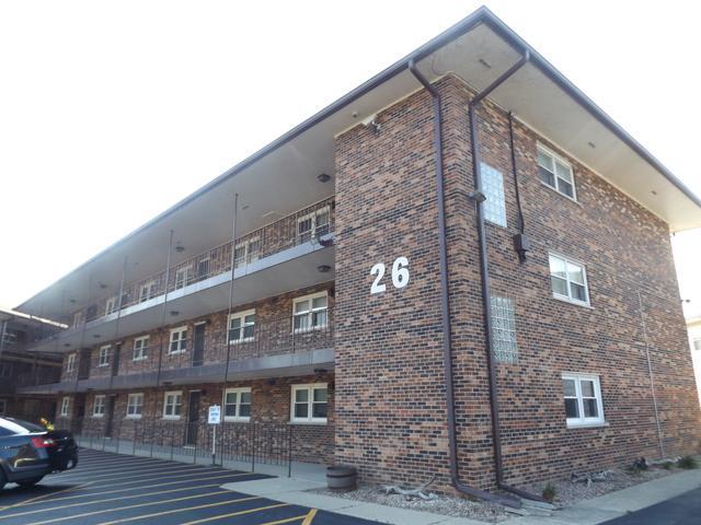 26 N Pistakee Lake Road 3F, Fox Lake, IL 60020 (MLS #10051306) :: Domain Realty