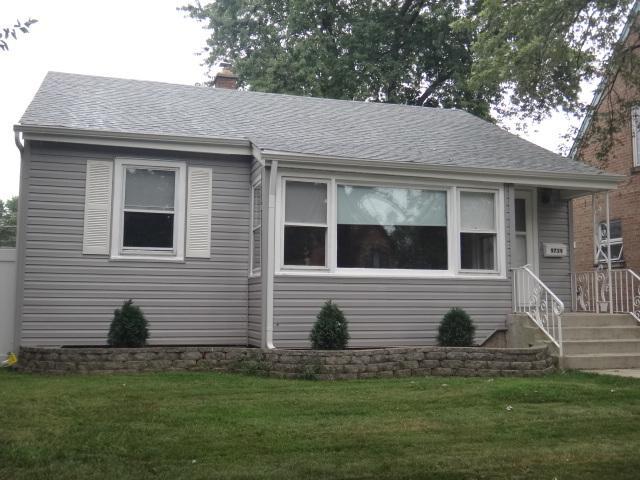 9739 S 51st Avenue, Oak Lawn, IL 60453 (MLS #10051507) :: Littlefield Group