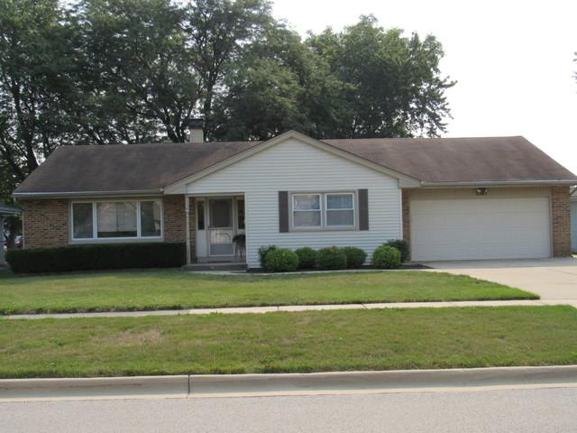 7381 Gladiola Avenue, Hanover Park, IL 60133 (MLS #10051518) :: Domain Realty