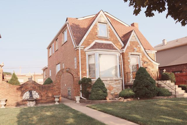 1704 N 24th Avenue, Melrose Park, IL 60160 (MLS #10051519) :: Domain Realty