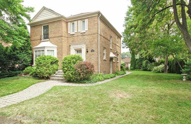 6669 N Ionia Avenue, Chicago, IL 60646 (MLS #10051921) :: Domain Realty