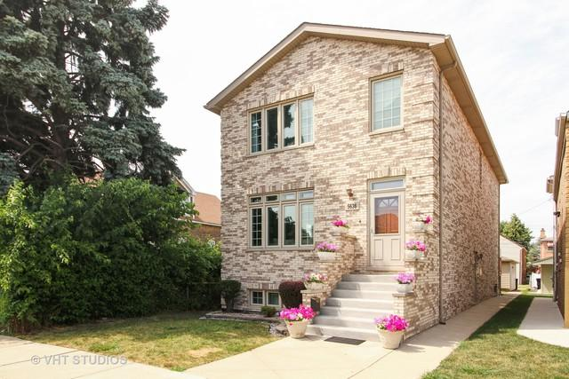 5636 W 64th Street, Chicago, IL 60638 (MLS #10052322) :: Littlefield Group