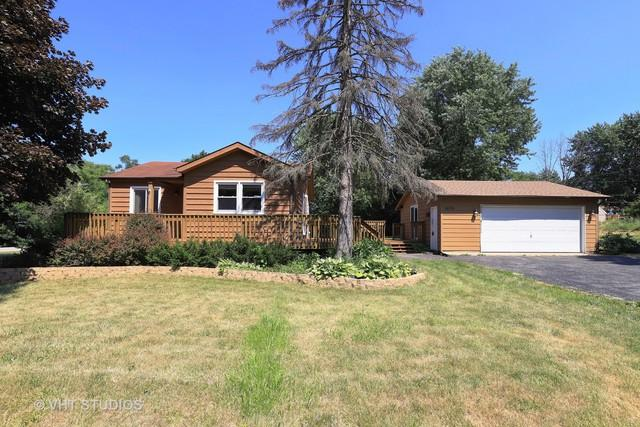 36751 N Lawrence Drive, Lake Villa, IL 60046 (MLS #10052346) :: The Jacobs Group
