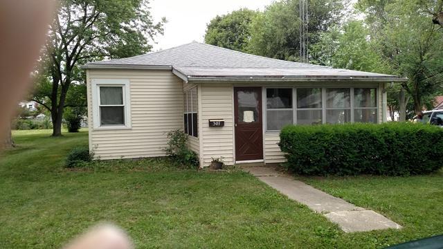 307 Wilson Avenue, VILLA GROVE, IL 61956 (MLS #10052503) :: Ryan Dallas Real Estate