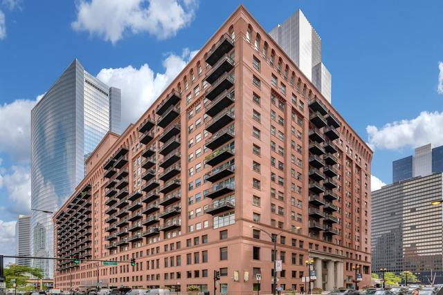 165 N Canal Street #1607, Chicago, IL 60606 (MLS #10052732) :: Domain Realty