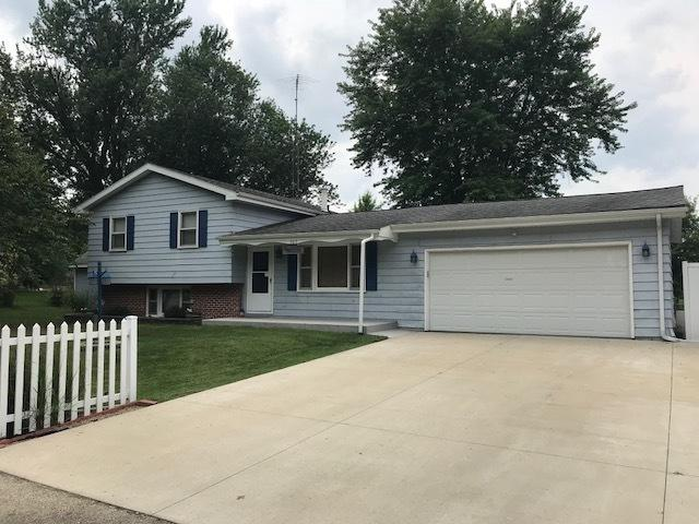905 Maple Lane, Sterling, IL 61081 (MLS #10052738) :: The Jacobs Group