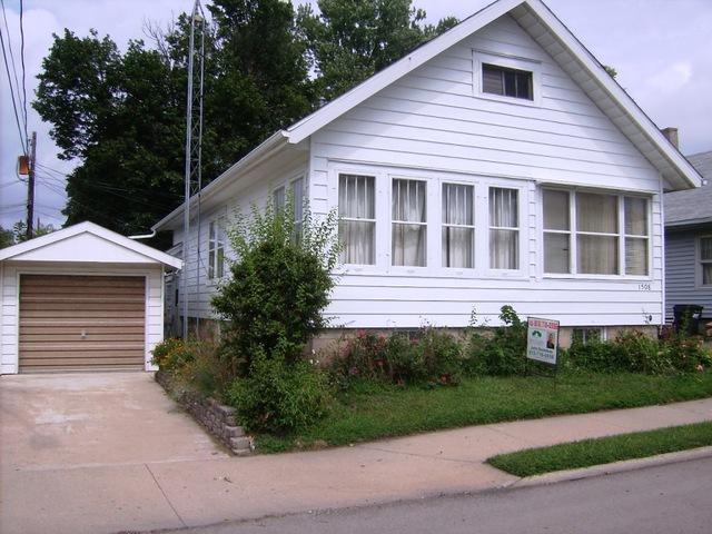 1508 E 4th Street, Sterling, IL 61081 (MLS #10052868) :: The Jacobs Group