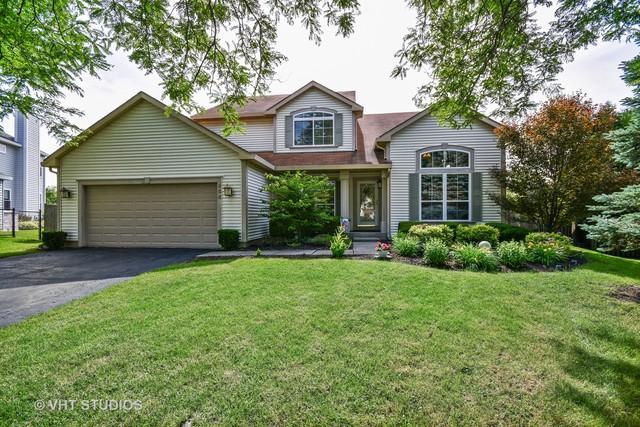 644 Willow Drive, Carol Stream, IL 60188 (MLS #10052878) :: Domain Realty