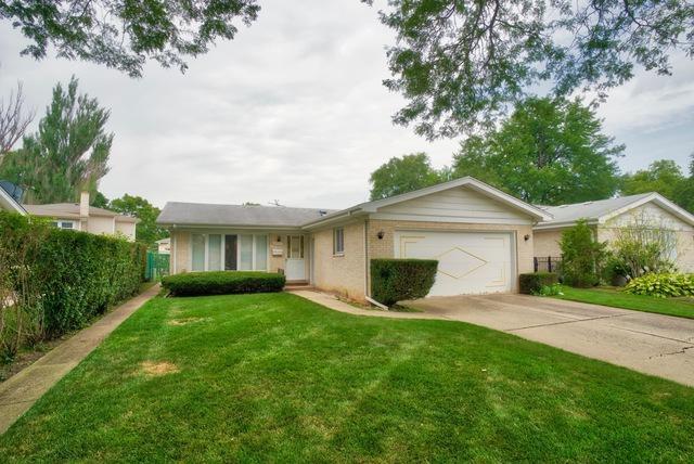9004 Luna Avenue, Morton Grove, IL 60053 (MLS #10053158) :: Littlefield Group