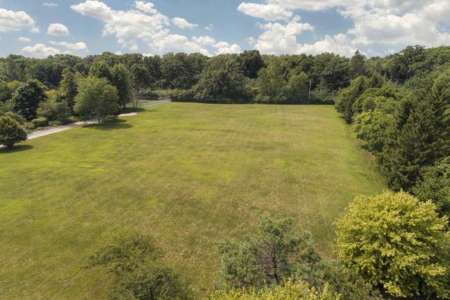 1602-16 Braeside Lane, Northbrook, IL 60062 (MLS #10053165) :: The Jacobs Group