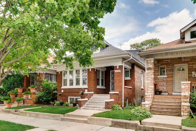 5719 S Rockwell Street, Chicago, IL 60629 (MLS #10053261) :: Domain Realty