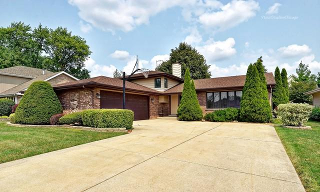 1804 W Woodland Avenue, Addison, IL 60101 (MLS #10053328) :: Domain Realty