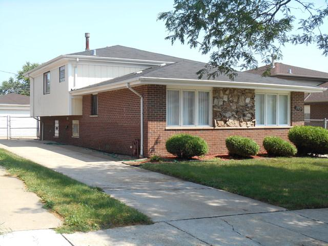 152 E 122nd Place, Chicago, IL 60628 (MLS #10053352) :: Littlefield Group